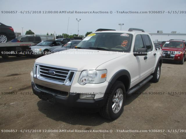 Damaged Ford Explorer Sport Trac Utility For And Auction 1fmeu51ex9ua00140